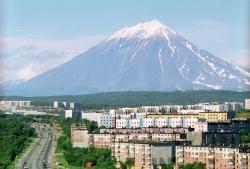 Выездные встречи с жителями в Петропавловске-Камчатском помогают выявлять «болевые точки» и оперативно решать проблемы, волнующие горожан