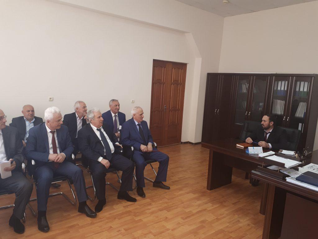 Руководитель ЖКХ контроль по ЧР встретился с оператором  по обращению  ТКО фирма