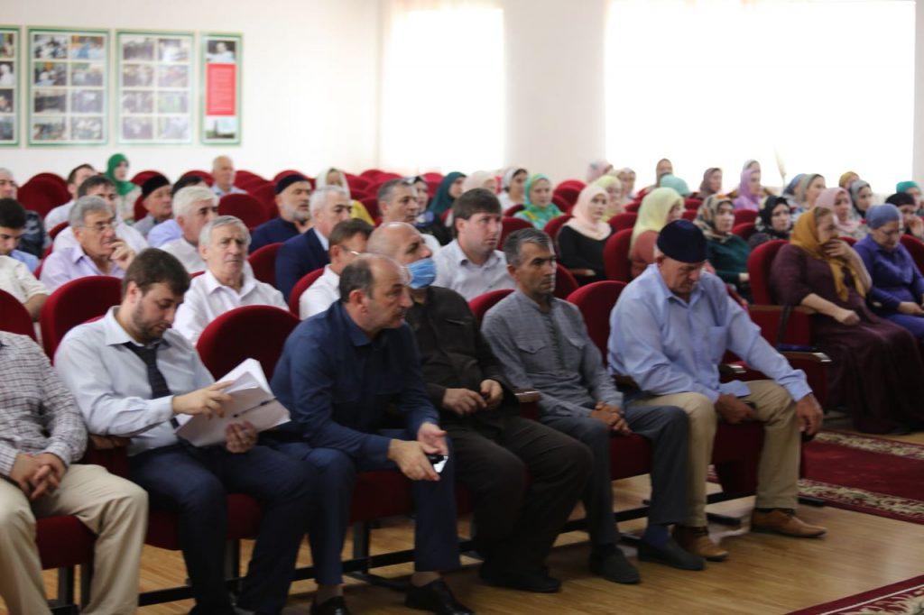 Руководитель ЖКХ контроль по ЧР выступил и принял участия на семинаре для представителей Советов МКД , который прошел в г. Аргуне