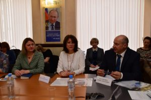 Елена Рудь рассказала сотрудникам общественных приемных об изменениях в законодательстве в сфере ЖКХ
