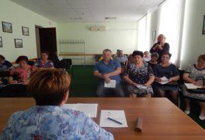 На образовательном семинаре курянам расcказали о стандартах управления МКД